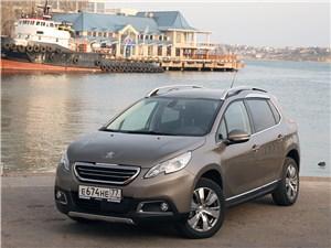 Peugeot 2008 - peugeot 2008 2013 вид спереди