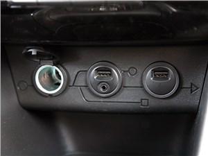 Peugeot 2008 2013 разъемы
