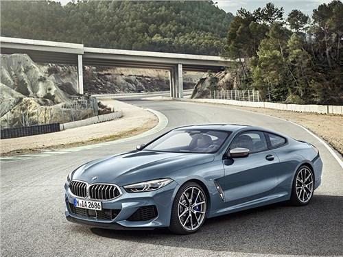 BMW представила купе 8-й серии