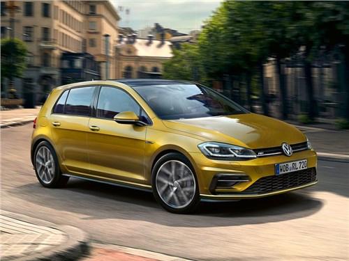 Новость про Volkswagen Golf - Volkswagen представил обновленную версию хэтчбека Golf