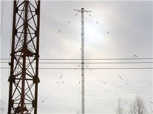 Жаль, что сегодня 215-метровые антенны интересны лишь сборщикам металлолома