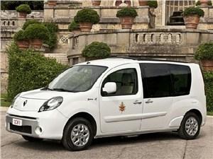 Папа Римский будет ездить на электрокарах