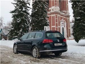 Volkswagen Passat Variant 2012 вид сзади