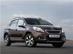 Новый Peugeot 2008 - Peugeot 2008 2013 вид спереди