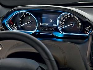 Peugeot 2008 2013 приборная панель