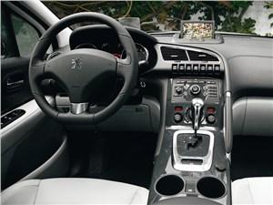 Peugeot 3008 2010 водительское место