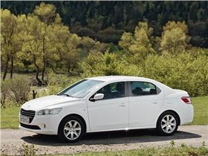Peugeot 301 2013 вид сбоку
