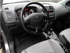 Peugeot 4008 2012 водительское место