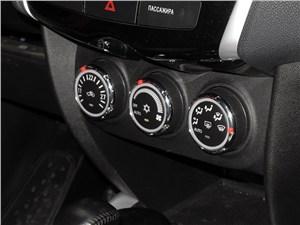 Peugeot 4008 2012 управление климатом
