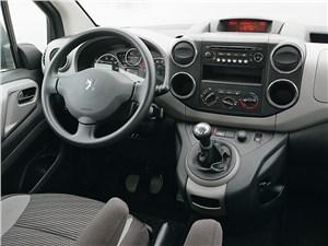 Peugeot Partner Tepee водительское место
