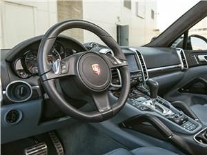 Предпросмотр porsche cayenne turbo s 2013 водительское место