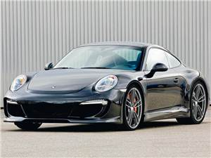 Porsche 911 Carrera вид спереди