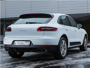 Porsche Macan 2014 вид сзади