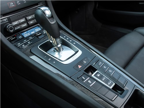 Porsche 911 Carrera 4S управление трансмиссией