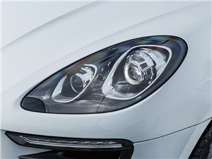 Porsche Macan 2014 передняя фара