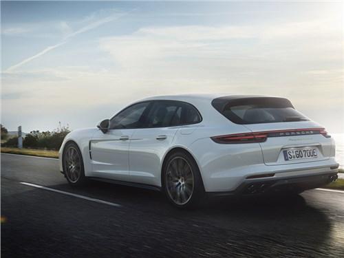 Новость про Porsche - Porsche Panamera Turbo S E-Hybrid Sport Turismo