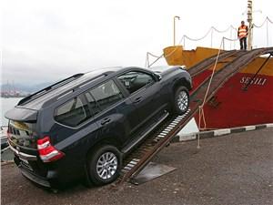 Toyota Land Cruiser Prado 2014 вид сбоку