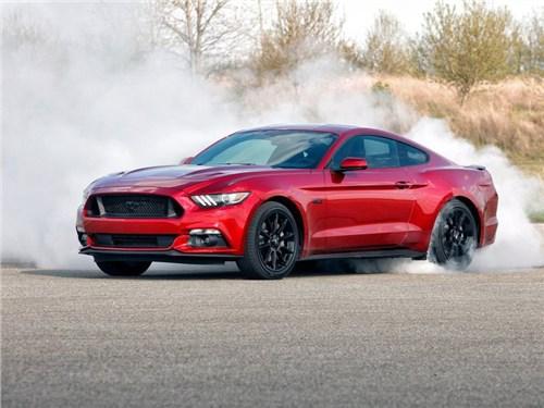 Ford приостановил серийное производство спорткара Mustang