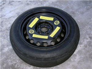 Audi Q5 2012 запасное колесо