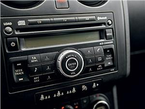 Nissan Qashqai 2010 магнитола
