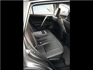 Toyota RAV4 2013 задний диван