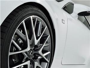 Предпросмотр lexus rc f sport 2014 колесо