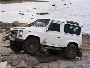 Предпросмотр land rover defender 2011 вид сбоку