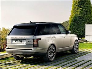 Двое на одного (BMW X1 (2012), Audi Q3 (2012), Range Rover Evogue (2012)) Range Rover - Land Rover Range Rover 2013 вид сзади