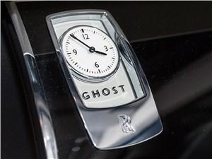 Предпросмотр rolls-royce ghost 2010 фирменные часы