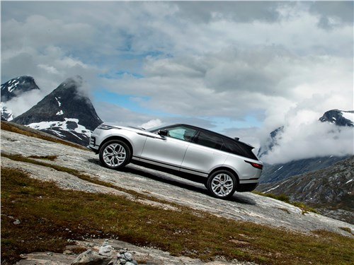 Land Rover Range Rover Velar 2018 вид сбоку