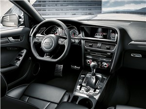 Предпросмотр audi rs4 avant 2012 водительское место