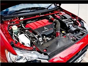 Предпросмотр lancer evolution x ralliart 2008 двигатель