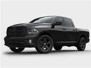 Dodge Ram 1500 Black Express 2013 вид спереди 3/4