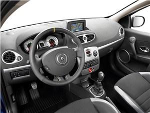 Элитные малолитражки (Mercedes-Benz A-klasse, Mini One, Opel Corsa OPC, Renault Clio Sport) Clio -