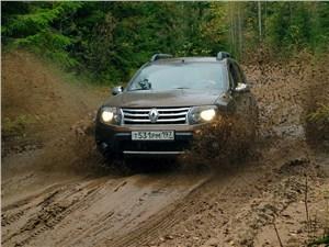 Renault Duster - Renault Duster 2012 вид спереди