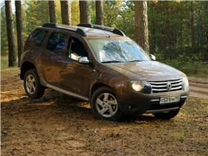 Renault Duster 2012 вид сбоку
