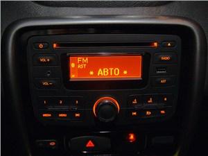Renault Duster 2012 аудиосистема