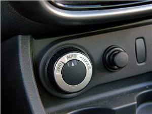 Renault Duster 2012 переключатель внедорожных режимов