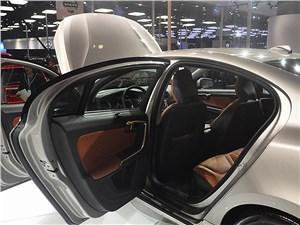 Предпросмотр volvo s60 l 2014 дверь для пассажира