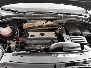 Предпросмотр seat alhambra 2010 двигатель