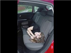 SEAT Leon 1.4 2011 задний диван