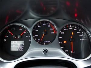 SEAT Leon 1.4 2011 приборная панель