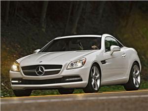 Летом лучше без крыши (Обзор российского рынка открытых автомобилей - 2007) SLK-Class - Mercedes-Benz SLK-Klasse 2012 вид спереди