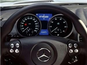 Предпросмотр mercedes-benz slk-klasse 2005 приборная панель
