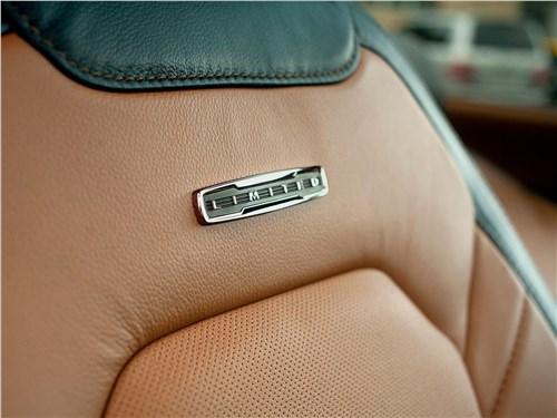 Ford F-150 2016 передние кресла