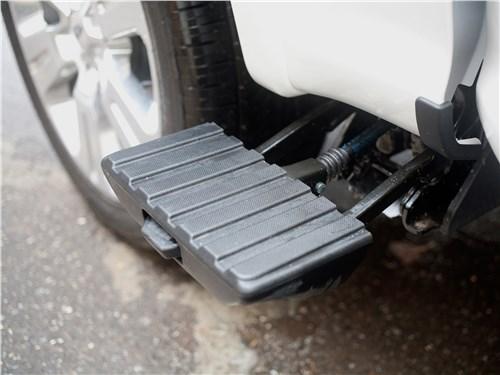 Предпросмотр ford f-150 2016 ступенька