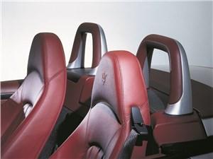 Кресла Maserati Spyder имеют интергированные подголовники