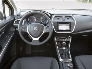 Suzuki SX-4 2013 водительское место