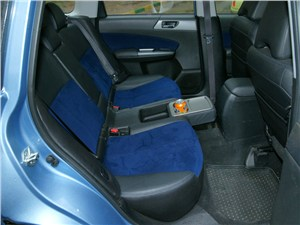 Subaru Forester S-edition 2011 задний диван