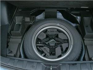 Subaru Forester S-edition 2011 запасное колесо